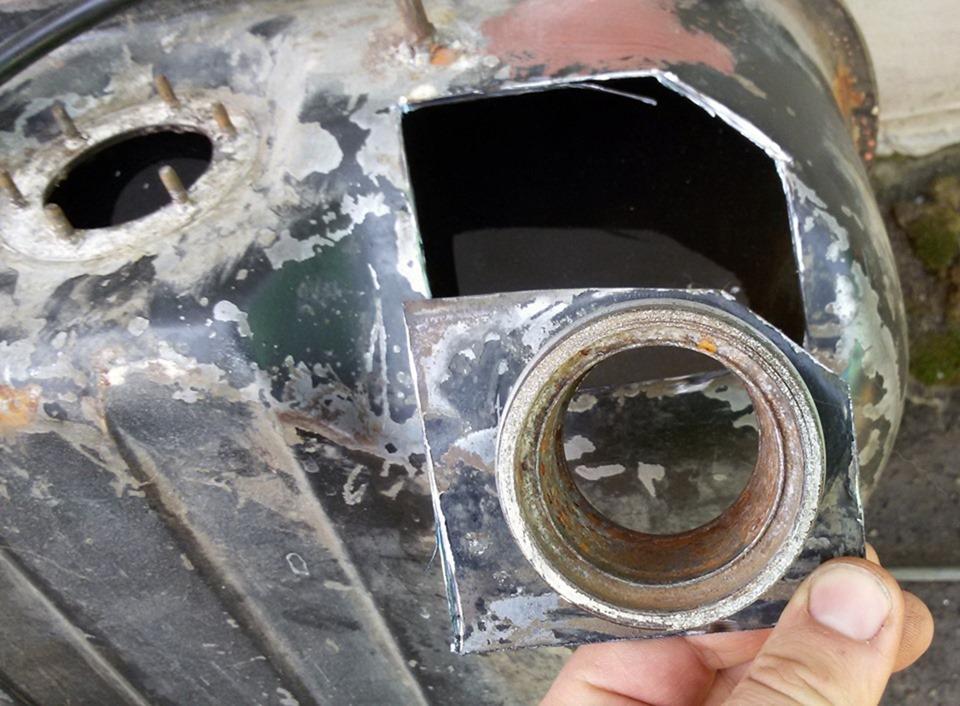 Как сделать так чтобы с ваз не сливали бензин 656